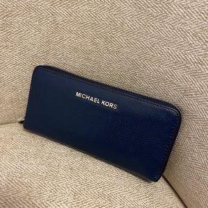 Michael Kors Leather Wallet in Navy